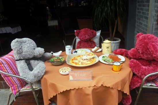lunch with the bears
