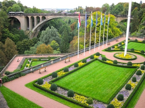 luxembourg grounds plants