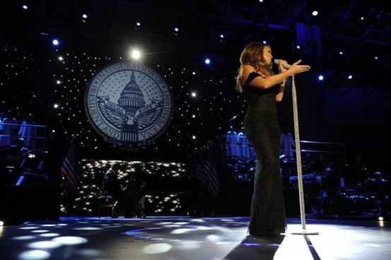 mariah carey singer entertainer