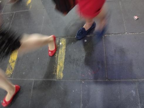 mark feet legs