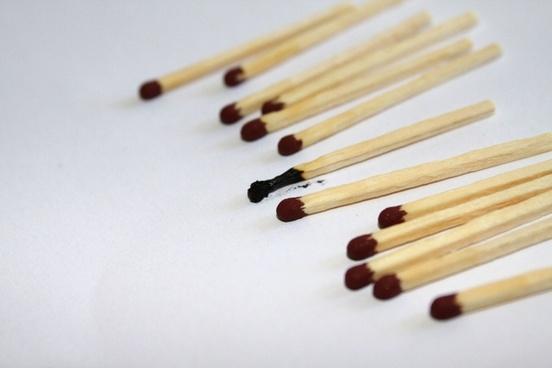 matches burned matchbox