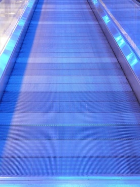 metal segments moving walkway roller platform