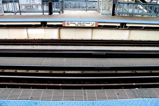 metro rail train tracks