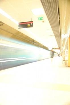 metro train goes