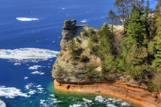 miners castle and lake at pictured rocks national lakeshore michigan