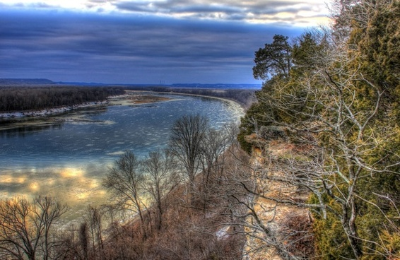 missouri river late afternoon at weldon springs natural area missouri