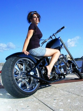 modeling on motorcycle 3