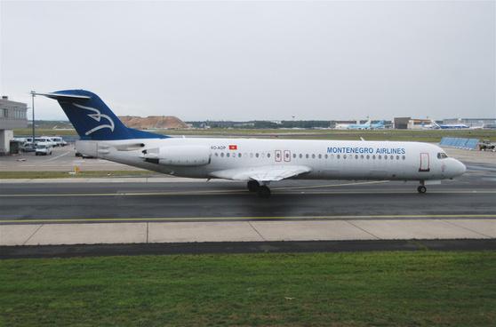 montenegro airlines fokker 100 4o aopfra17072011610ck