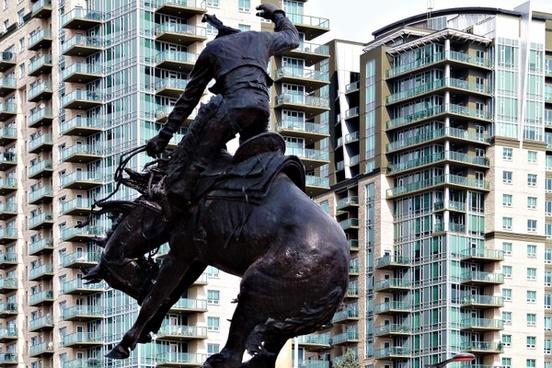 monument rider horse
