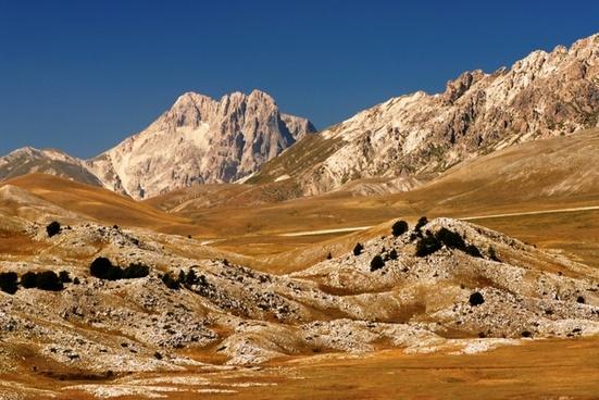 mountain scenery landscape