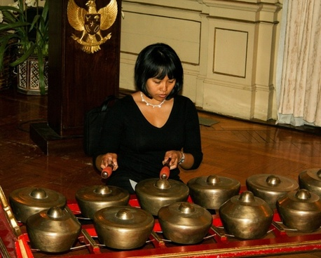 music woman gamelan