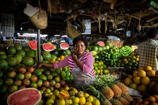 nairobi kenya woman