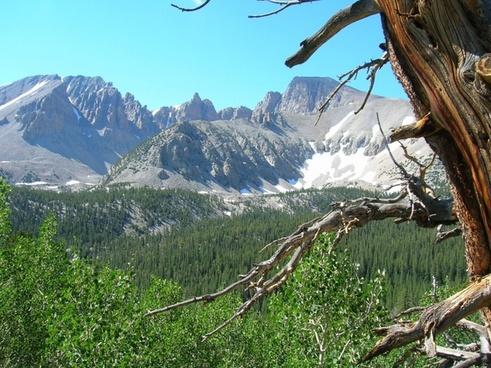nevada mountains valley