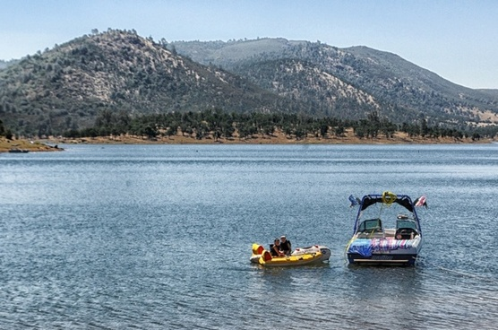 new hogan lake california boats