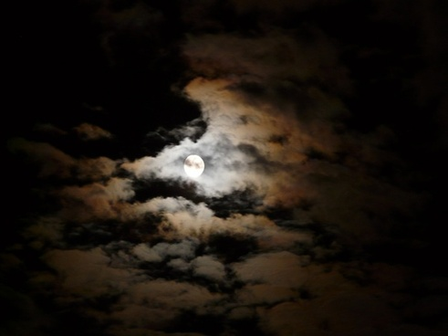 night moon clouds