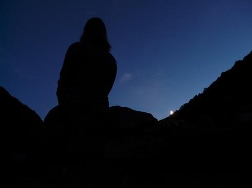 night romance silhouette