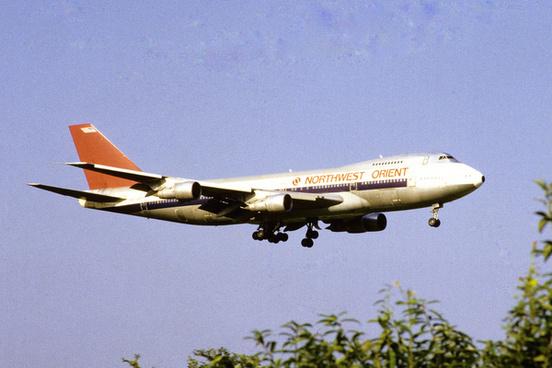 northwest orient airlines boeing 747 251b n627us41221709