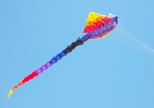 objects seasons kite
