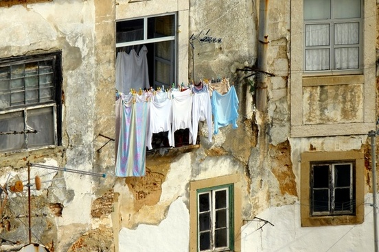 old house laundry facade