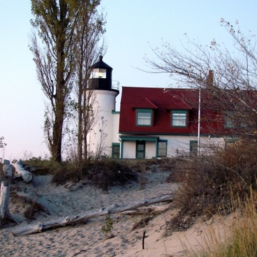 old lighthouse michigan