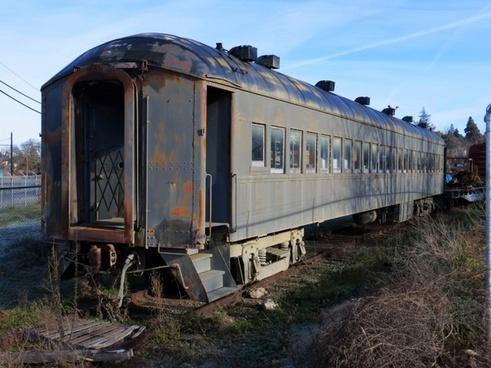 old train 557