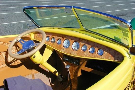 oldtimer car yellow
