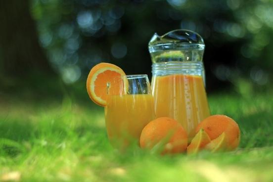 orange juice in nature