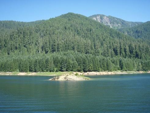 oregon cougar reservoir lake