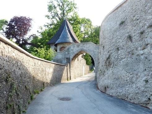oskar kokoschka off goal castle gate