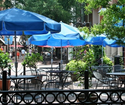 outdoor cafe tables chairs