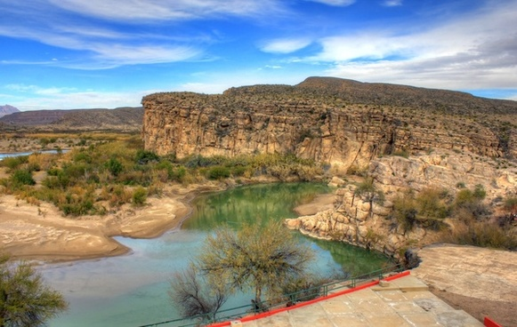overlooking the rio grande at boquilla del carmen coahuila mexico