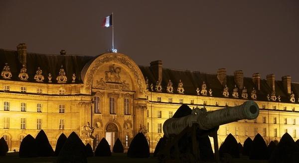 palace building landmark