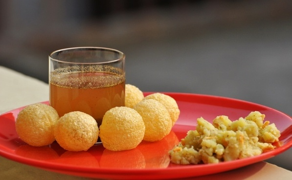 panipuri gupchup indian food