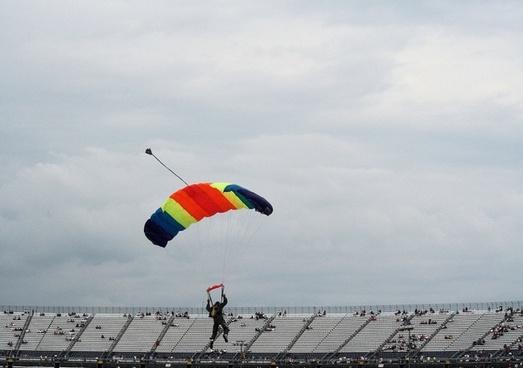 parachuter from a distance