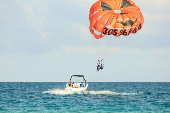 parasailing at miami florida