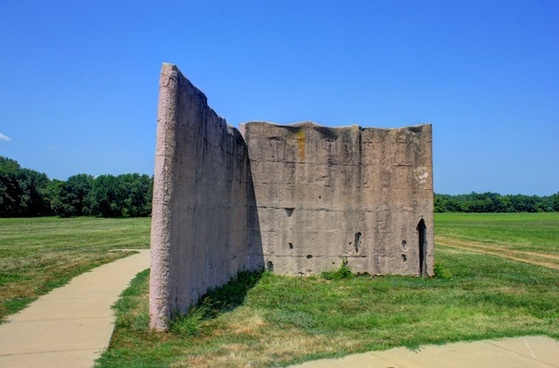 part of the wall at cahokia mounds illinois