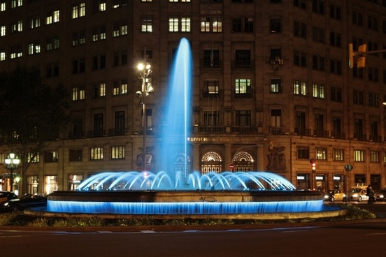 passeig de gracia barcelona fountain