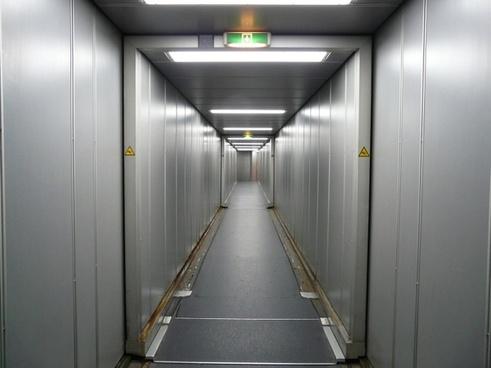 passenger boarding bridge gangway access bridge