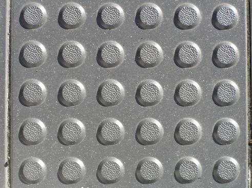 pavement texture bumps