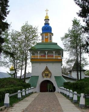 pechory russia monastery