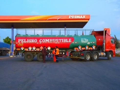 petrol stations truck tank wagon