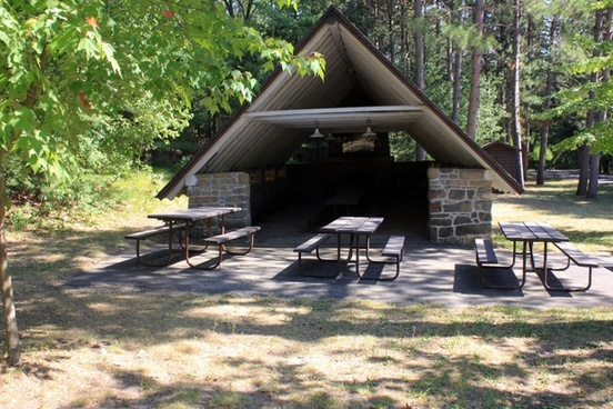 picnic cabin at mill bluff state park wisconsin