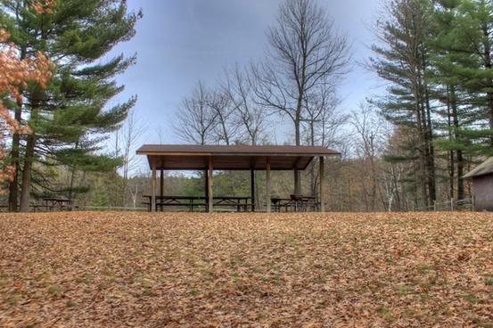 picnic table at hartman creek state park wisconsin