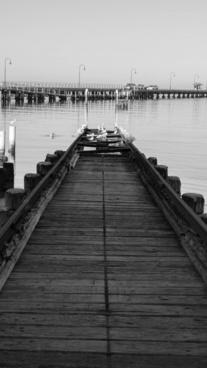 pier ramp yacht tracks