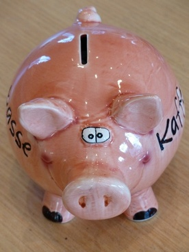 piggy bank piglet savings bank