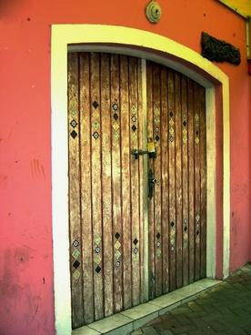 pink facade 2