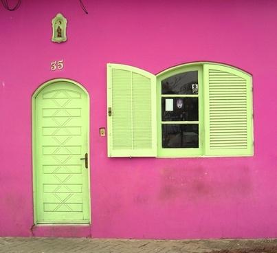 pink facade colors