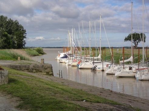 plassac france boats