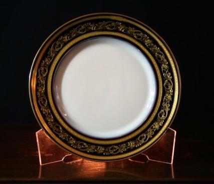 plate saucer dish