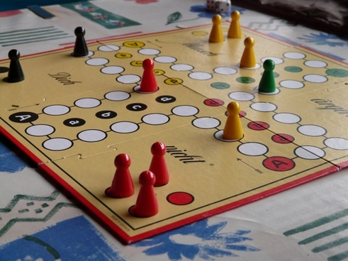 play parchesi up-not cone